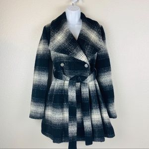 A Pea in the Pod Plaid Wool Blend Trench Coat